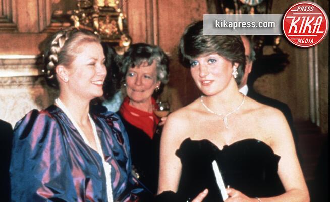Principe Carlo d'Inghilterra, Grace Kelly, Lady Diana - 12-04-2010 - Grace Kelly e Lady Diana, quella profezia e poi la tragedia...