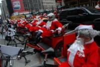 Babbo Natale In Bicicletta.Babbo Natale Ha Voluto La Bicicletta E Ora Pedala Foto