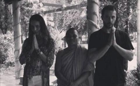 Massimiliano Dossi, Nina Moric - Los Angeles - 06-08-2013 - Dillo con un tweet: matrimonio buddista per Nina Moric