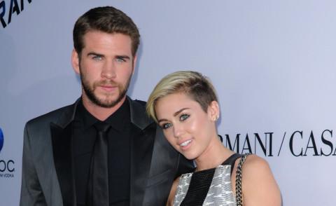 che è Liam Hemsworth dating ora 2013 CNN migliori siti di incontri