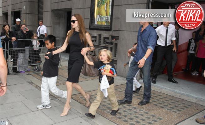 Gossip Brad Pitt e Angelina Jolie: la causa della separazione? Selena Gomez!