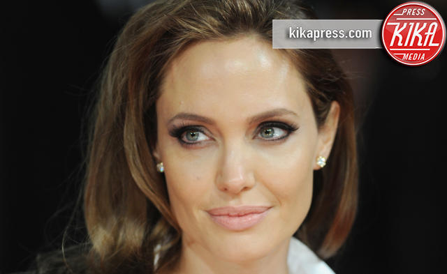 Angelina Jolie - Londra - 16-02-2014 - Furia Angelina Jolie: scende in campo la mamma di Brad Pitt