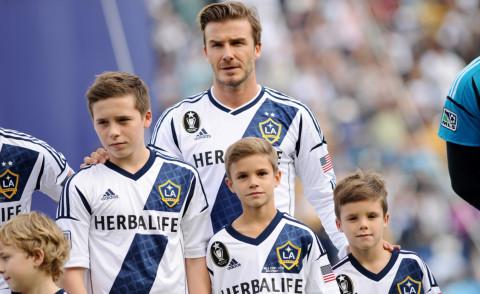Cruz Beckham, Romeo Beckham, Brooklyn Beckham, David Beckham - Los Angeles - 01-12-2012 - 19 marzo, festa del papà o festa dei DILF?