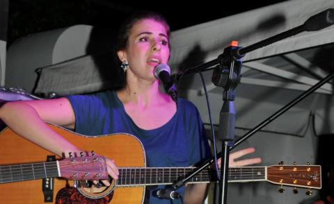 Diana del Bufalo - Caorle - 12-10-2014 - Diana Del Bufalo trasforma Caorle in una ...Foresta
