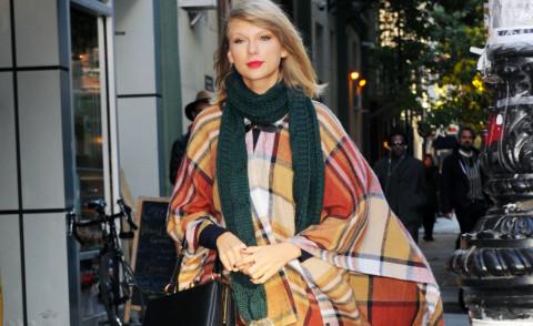 Taylor Swift - New York - 15-11-2014 - È arrivato l'autunno: tempo di tirar fuori il poncho!