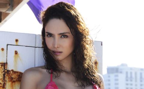 Gloria Patricia Contreras - 25-11-2014 - Gloria Contreras: da star del web all'Isola Dei Famosi
