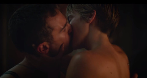 Theo James, Shailene Woodley - Hollywood - 15-12-2014 - Tra Shailene Woodley e Theo James scatta l'ora del sesso
