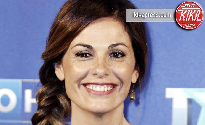 Vanessa Incontrada - Milano - 29-04-2015 - Vanessa Incontrada bendata come un pirata, cos'è successo?