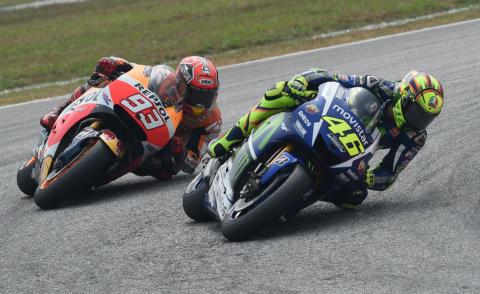 Marc Marquez, Valentino Rossi - Sepang - 25-10-2015 - Caso Rossi-Marquez, tutti i cinguettii vip a favore di #Vale46