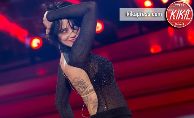 Asia Argento - Roma - 10-04-2016 - Parigi: Asia Argento debutta in passerella. Che schianto!