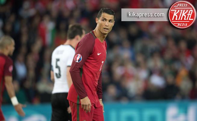 Cristiano Ronaldo - Parigi - 18-06-2016 - Cristiano Ronaldo accusato di evasione fiscale: non è l'unico!