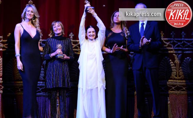 Napoli e diva e donna celebrano la carriera di carla fracci foto - Diva mia napoli ...