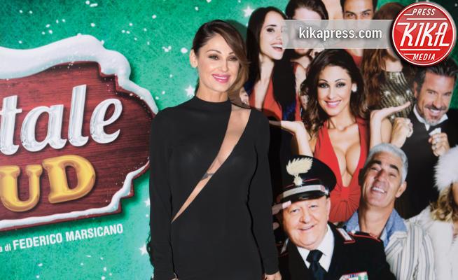 Anna Tatangelo - Roma - 01-12-2016 - Anna Tatangelo, bomba sexy per Un Natale al Sud
