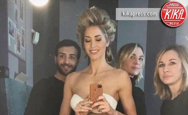 Elena Santarelli selfie lingerie forma fisica invidiabile