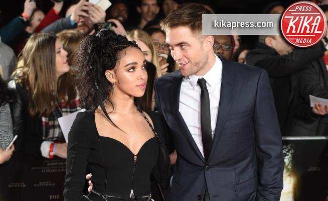 FKA Twigs, Robert Pattinson - Londra - 16-02-2017 - Robert Pattinson e FKA Twigs si sono lasciati: ecco perché