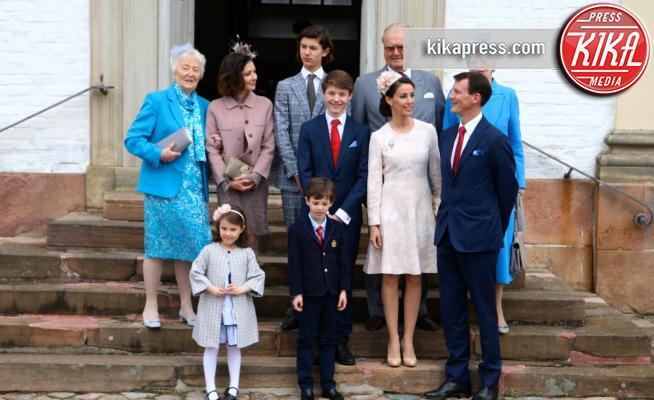 Principe Felix, Prince Henrik, Contessa Alexandra, Regina Margrethe, Principe Nikolai, Principe Joachim, Principe Henrik, Principessa Marie di Danimarca - 01-04-2017 - Il principe Felix di Danimarca riceve la cresima