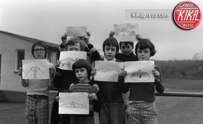 ufo - Cardiff - 25-09-2015 - Gli UFO esistono! La testimonianza di una classe di alunni