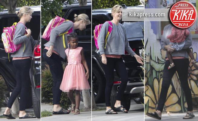August Theron, Jackson Theron, Charlize Theron - Los Angeles - 25-04-2017 - I figli di Charlize Theron? Li porta a scuola mamma!