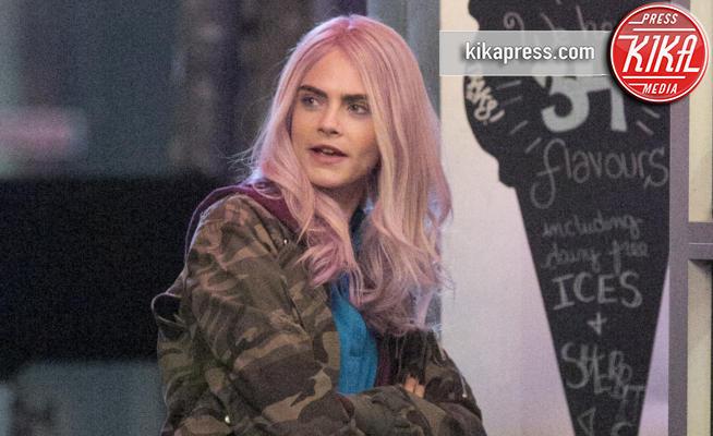 Cara Delevigne - Milano - 10-05-2017 - Cara Delevingne, cos'hai fatto ai capelli?