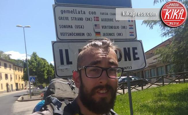 Il social tour a piedi di michael zani con 5 euro al for Cucinare con 5 euro al giorno