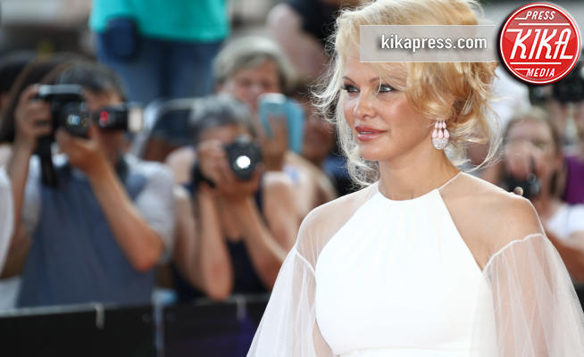 Pamela Anderson - Monte-Carlo - 16-06-2017 - Pamela Anderson a Verissimo, tra nozze, Metoo e Julian Assange