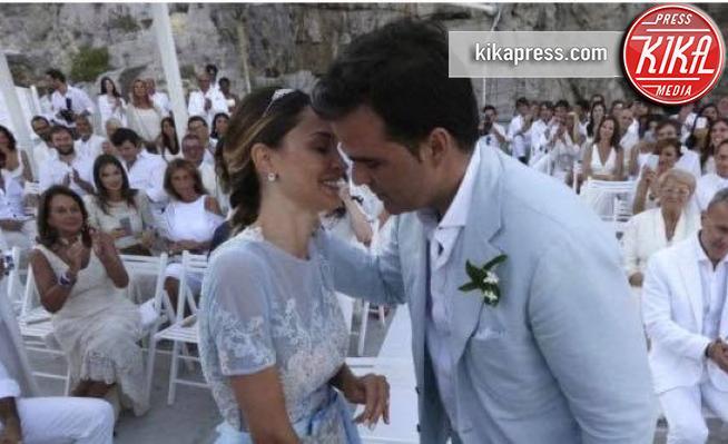 Matrimonio Letizia Romano : Fiori d arancio per noemi letizia e vittorio romano foto