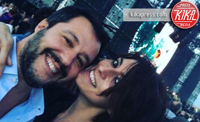 Matteo Salvini, Elisa Isoardi - Modena - 02-07-2017 - Salvini-Isoardi: antipasto di luna di miele sul Lago di Garda