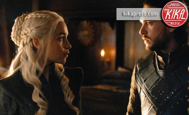 Kit Harington, Emilia Clarke - 29-08-2017 - Emmy 2019, Il Trono di Spade fa il record di nomination: 32!