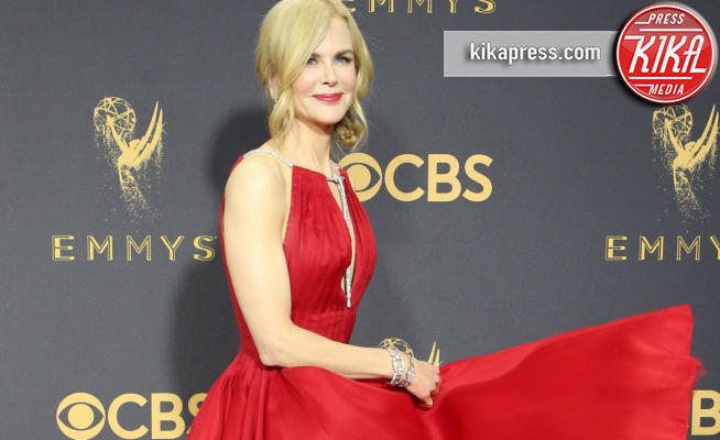 Nicole Kidman - Los Angeles - 17-09-2017 - Emmy 2017: gli stilisti sul red carpet