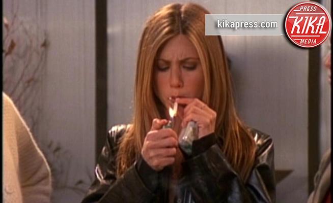 Jennifer Aniston - 25-09-2017 - 10 star che non pensavi fumassero marijuana