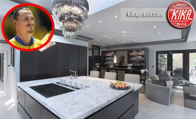 Casa Zlatan Ibrahimovic - Cheshire - 26-09-2017 - Zlatan Ibrahimovic: ecco le mura domestiche del Dio del pallone