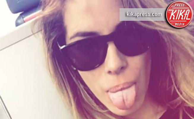 Aida Yespica riabbraccia il figlio Aron dopo 3 mesi