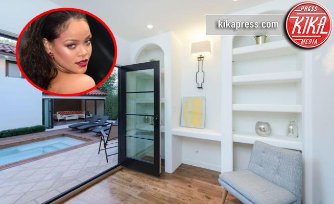 Rihanna - Hollywood - 12-01-2018 - Rihanna vende casa: una reggia da 2,85 milioni di dollari