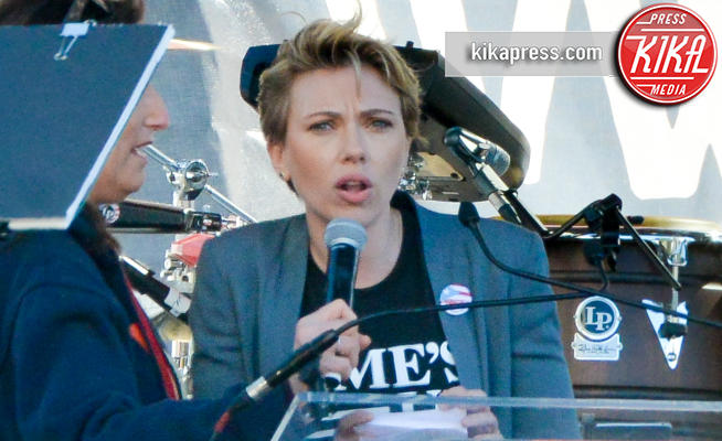 Scarlett Johansson - Downtown Los Angeles - 20-01-2018 - Time's Up: dal tappeto rosso alle strade d'America