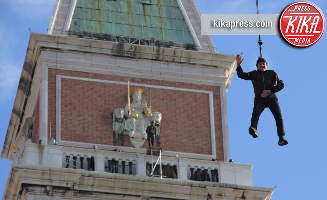 Renzo Rosso - Venezia - 11-02-2018 - Carnevale di Venezia, il volo dal campanile di Renzo Rosso