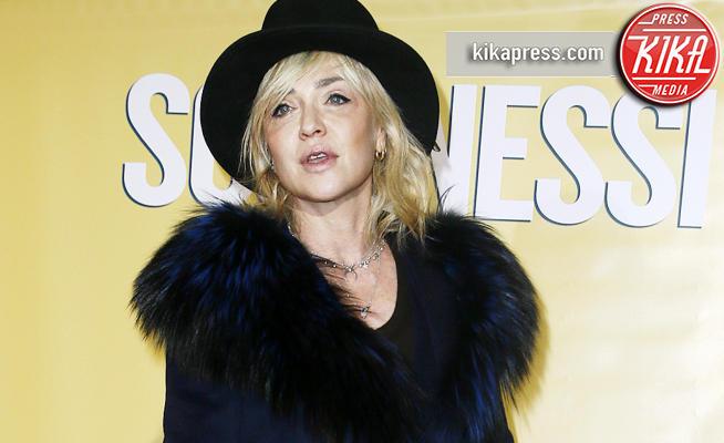 Paola Barale - Milano - 19-02-2018 - Sconnessi, Paola Barale è una diva d'altri tempi