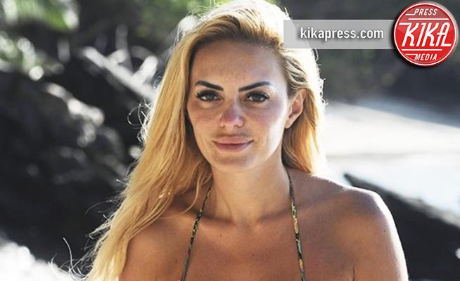 Elena Morali - 28-03-2018 - Isola, Morali e Ferri: ecco la verità sul presunto flirt