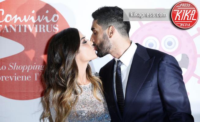 Giorgia Palmas, Filippo Magnini - Milano - 05-06-2018 - Convivio 2018: Palmas-Magnini, una coppia al bacio