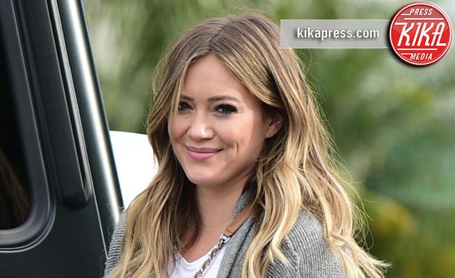 Hilary Duff - Los Angeles - 15-04-2018 - Fiocco rosa per Hilary Duff: l'attrice aspetta una bimba
