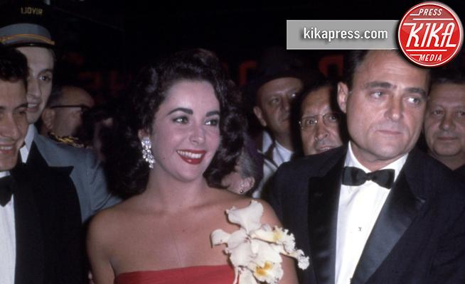Mike Todd, Liz Taylor - Hollywood - 01-06-1957 - Le star che non sapevi fossero rimaste vedove da giovani