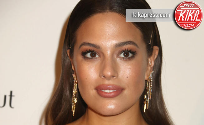 Ashley Graham - New York - 06-09-2018 - Ashley Graham posa per la sua nuova linea di lingerie