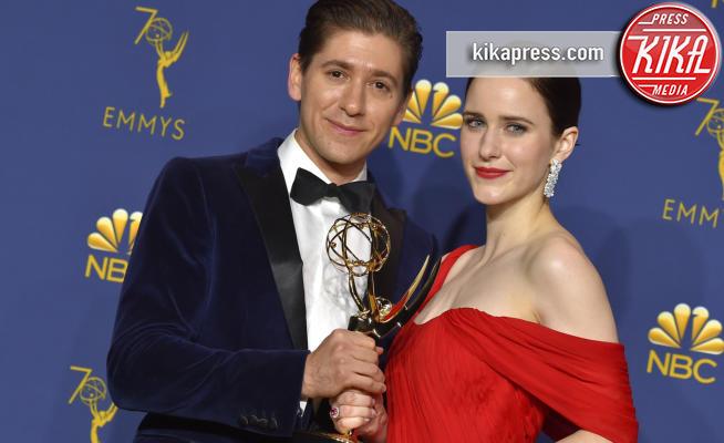 Rachel Brosnahan, Michael Zegen - Los Angeles - 17-09-2018 - Emmy 2018: trionfa La fantastica signora Maisel