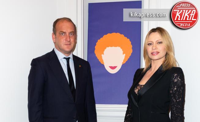 Andrea Ruggeri, Anna Falchi - 14-03-2019 - Anna Falchi va in boutique... del real estate però