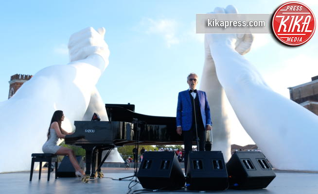 Andrea Bocelli - Venezia - 03-05-2019 - Biennale, l'inaugurazione di Building Bridges di Lorenzo Quinn