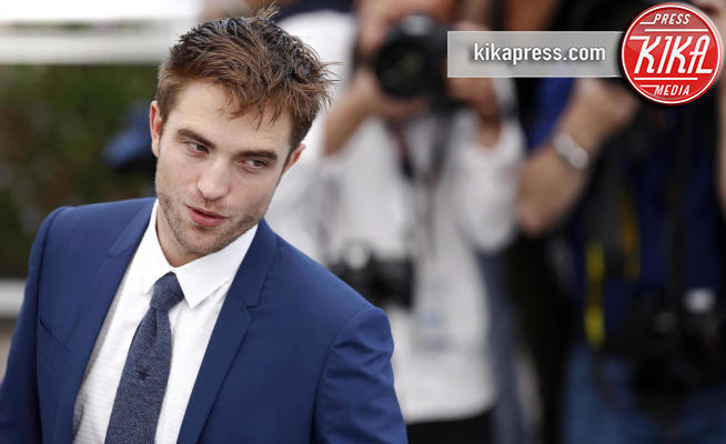 Robert Pattinson - Cannes - 25-05-2017 - Robert Pattinson, la decisione è presa: sarà lui il nuovo Batman