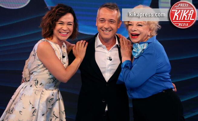 Valeria Graci, Sandra Milo, Pierluigi Diaco - Roma - 03-07-2019 - Io e Te sostituisce Vieni da Me, c'è il trio Diaco-Milo-Graci