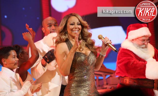 Mariah Carey - New York - 09-12-2015 - Mariah Carey, tutti i segreti e le curiosità su mamma Natale
