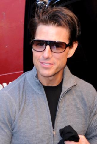 Tom Cruise - New York - 09-12-2008 - Tom Cruise nel panico per aver perso il Blackberry