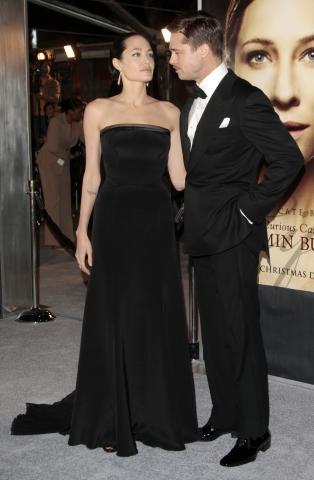 Angelina Jolie, Brad Pitt - 08-12-2008 - Angelina Jolie e' di nuovo incinta, lo dicono In Touch e Star