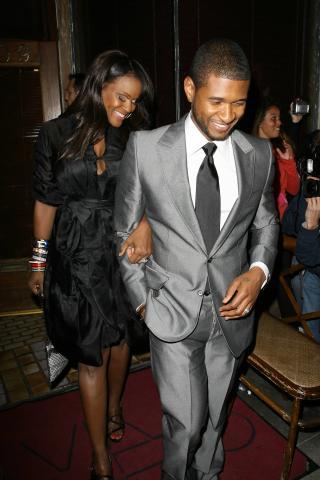 Tameka Foster, Usher - Santa Monica - 20-04-2008 - Il figlio di Usher in ospedale: ha rischiato di annegare